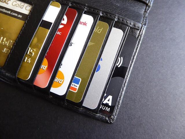 molte carte di credito aumentano il limite di spesa